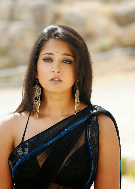 Telugu Lady Super Star Anushka Shetty Gallery Version 2