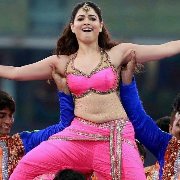 Dancers Touching -tamannah-bhatia-Armpits-sexy-creamy-shaven-yummy-actress-armpit-stills