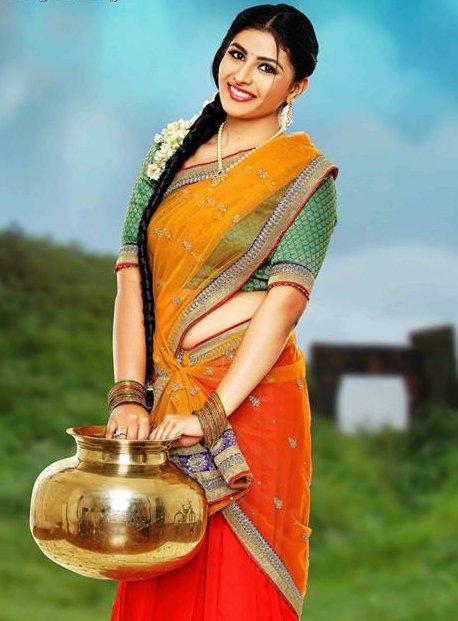Intlo Deyyam Nakem Bhayam-telugu-movie-actress-Kruthika Jayakumar-oil painting-art-photo