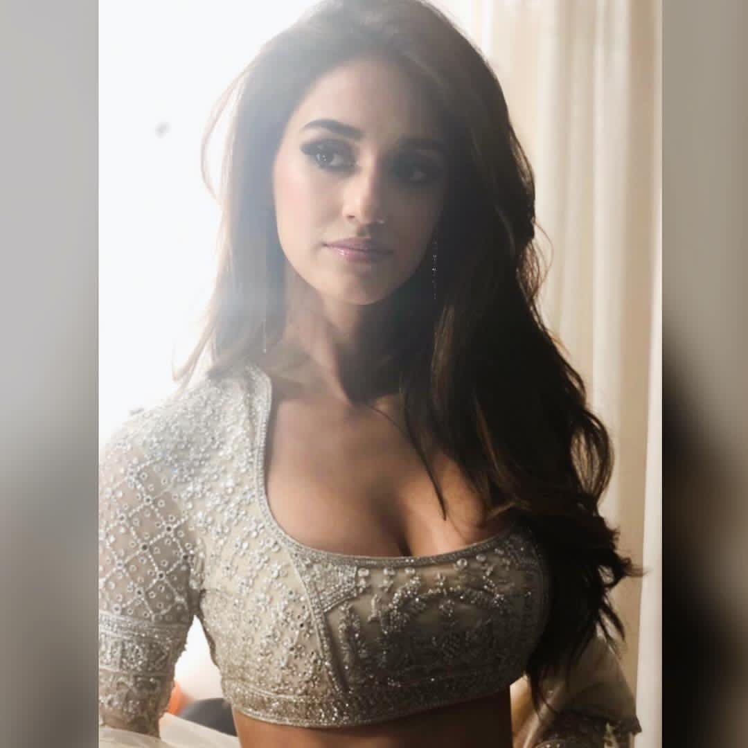 Actress Disha patani gallery