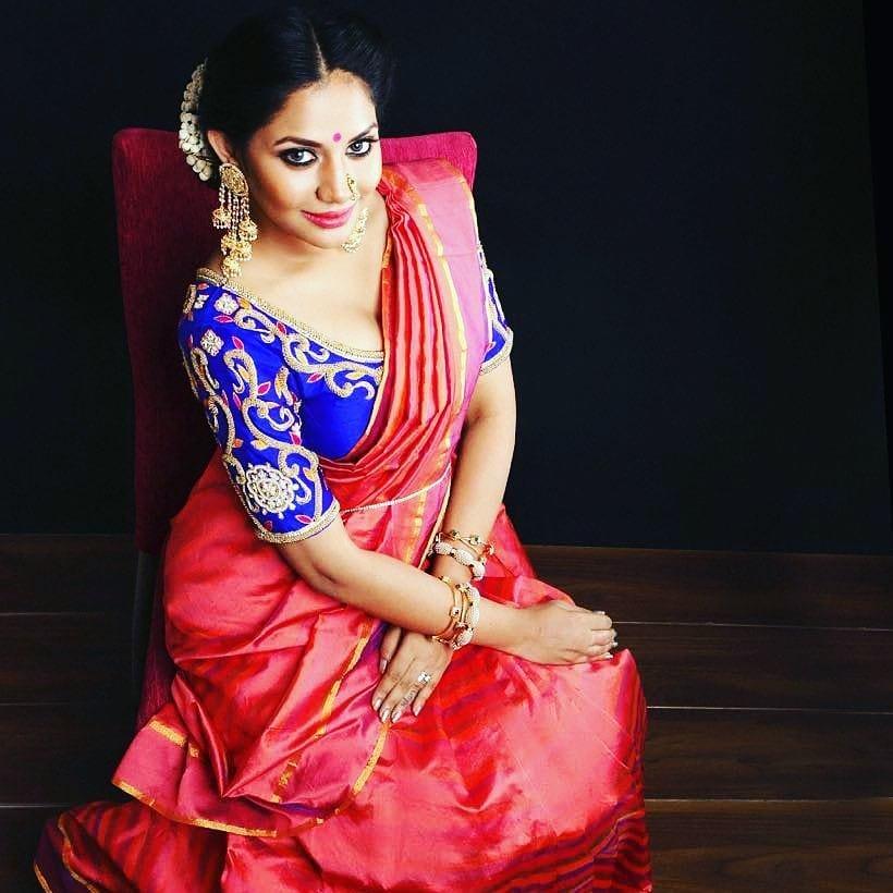 hot sexy lovely Aishwarya Dutta big boss 2 fame sexy saree side boobs cleavage stills
