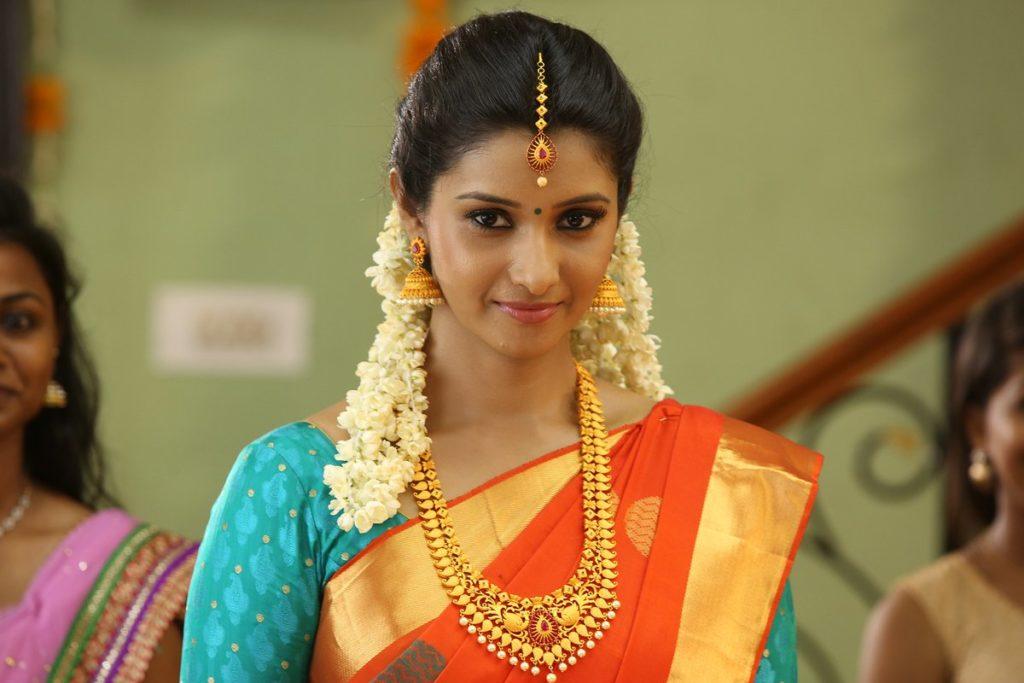 Monster Movie lead-actress-priya bhavani shankar-Stills-sexy-hot-cute photos-tamilcinestars-images