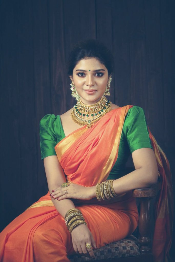 aathmika-cute-saree-sweeties-hottie-actress-tamil new year wishes