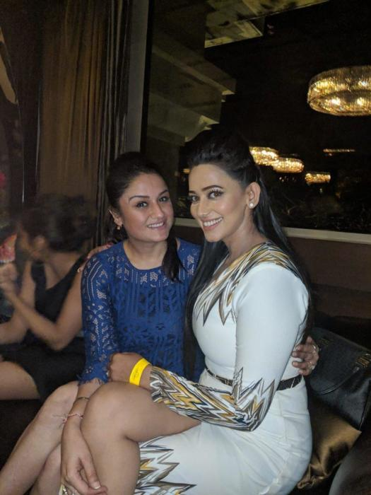 Boobs-beauty-Actress sanjana-singh-meaty-thunder-thighs-sonia-agarwal- birthday celebration pictures