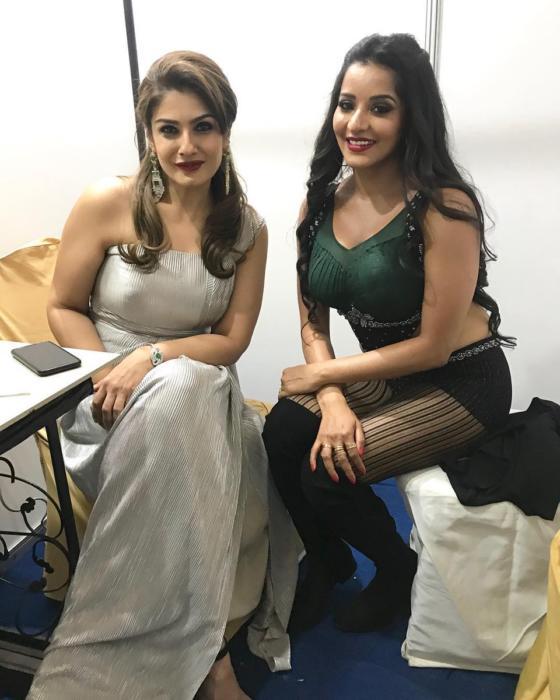 Fan Moment-monalisa-antara-biswas-bhojpuri-beauty-evergreen-time favourite- beautiful-bollywood-beauty-Raveena Tandon-stills