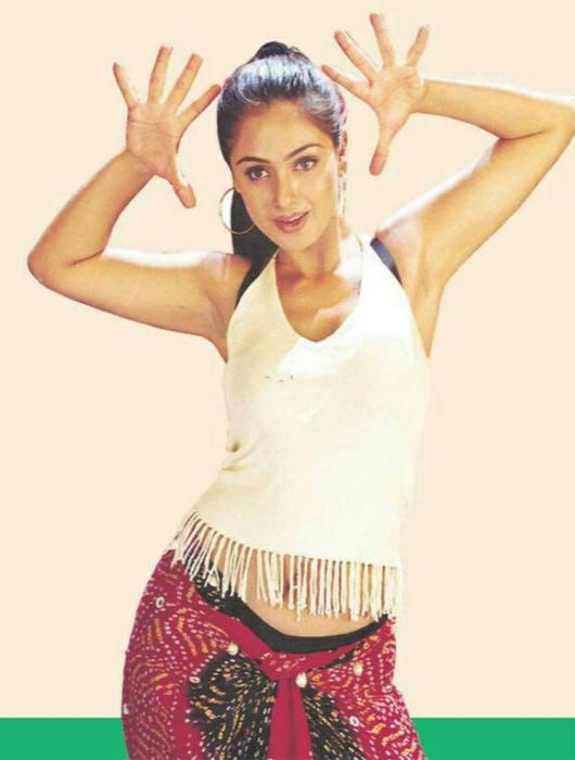 Happy birthday HIP queen.... Evergreen simran-Ass, hips, armpit all covered ur fav