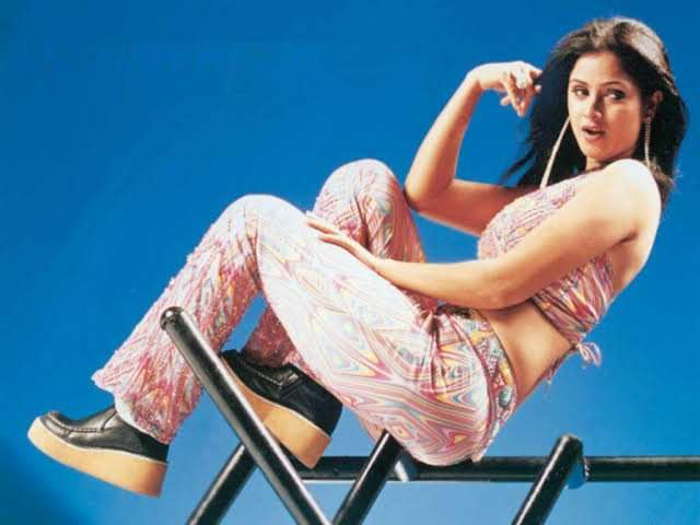 Happy birthday HIP queen.... Evergreen simran-Ass, hips, armpit all covered ur fav 12