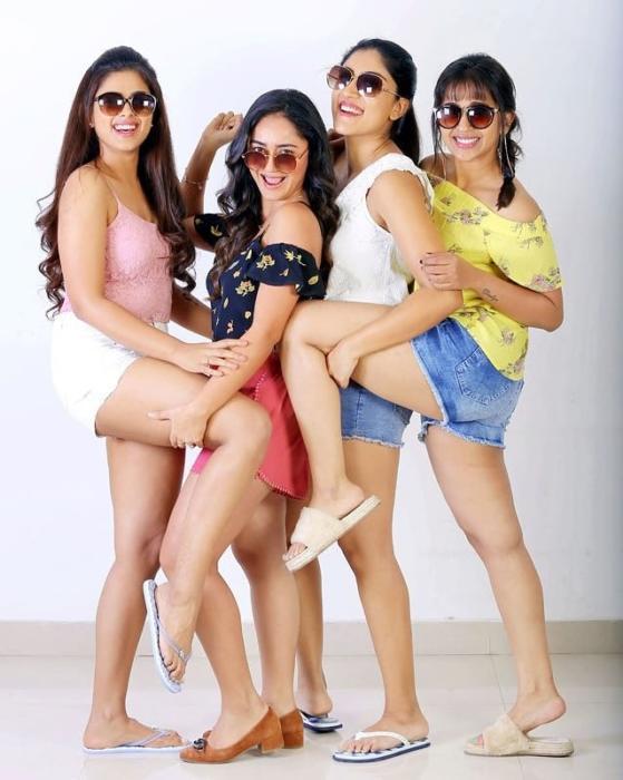 Latest Stills-tridhachoudhury-dhanyabalakrishna-siddhiidnani-komaliprasad tollywoodactress-Tollywood-actress-Actresshot-stills 5